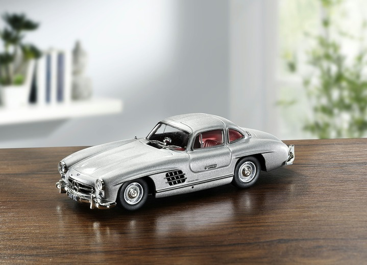 mercedes benz 300 sl fl gelt rer sammlermodelle. Black Bedroom Furniture Sets. Home Design Ideas