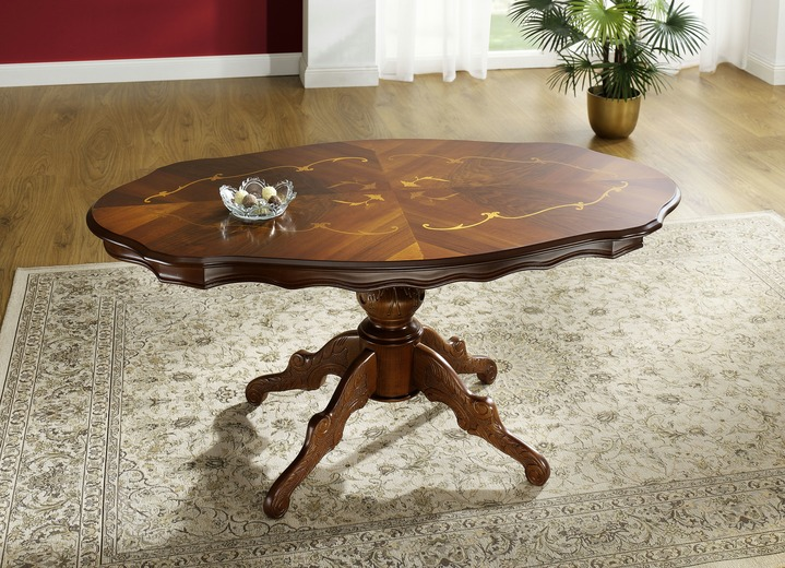 Teilmassiver Tisch in verschiedenen Ausführungen