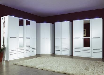 schlafzimmerschr nke und kleideschr nke kaufen brigitte. Black Bedroom Furniture Sets. Home Design Ideas